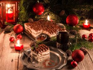 Ein Klassiker im Weihnachtsgewand: Weihnachtliches Tiramisu mit Honigkuchen
